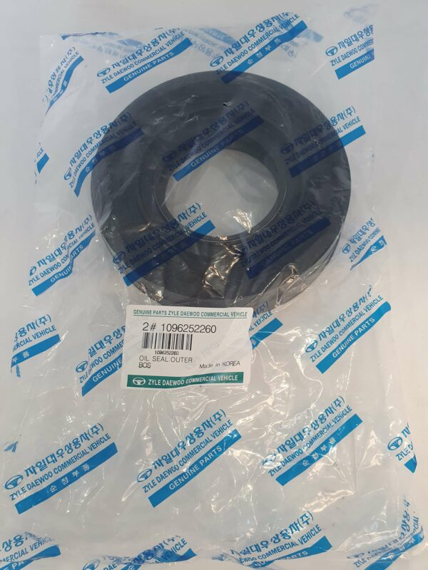 Daewoo Bus 1096252260 Oil Seal Outer